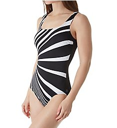 Reebok Dynamic Moves Square Neck One Piece Swimsuit 781036